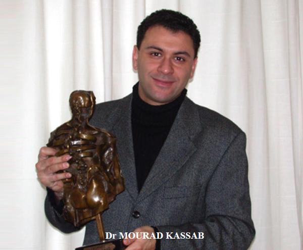 chirurgien-mourad-kassab-laureat-du-trophee-sofcot-2001